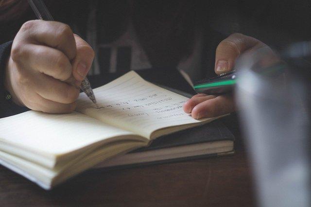 notebook-2178656_1280.jpg