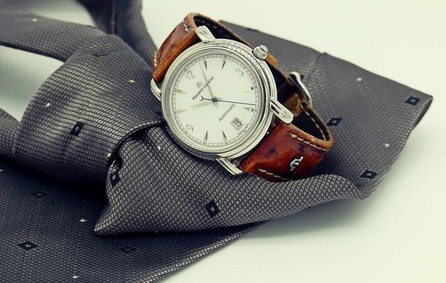 wrist-watch-2159351_1920.jpg